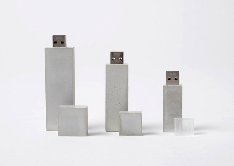 Foto 3 USB Sticks aus Beton